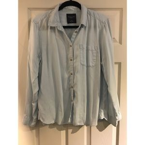 AEO Pale Blue Button Up - Size L